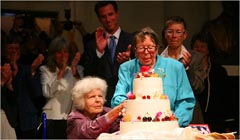 First Same-Sex Marriage Licenses Issued In San Francisco In 2004