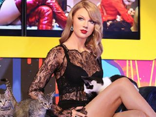 Taylor Swift at Madame Tussauds
